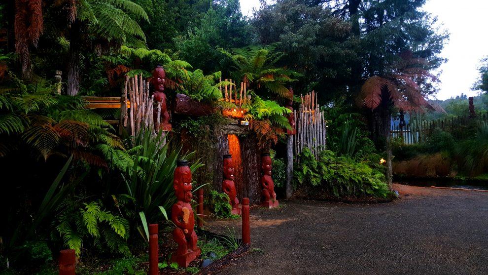 culture maorie tamaki village
