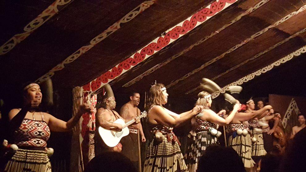 spectacles maoris nouvelle-zélande
